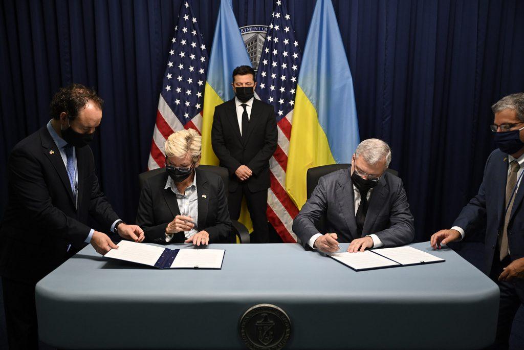 На $30 млрд. «Энергоатом» и Westinghouse подписали меморандум о строительстве 5 энергоблоков (ФОТО) 3