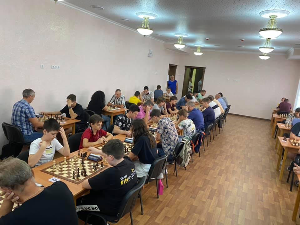 Шахматный блиц-турнир в Николаеве с призовым фондом 10 тыс.грн. выиграл 16-летний шахматист из Черноморска (ФОТО) 3