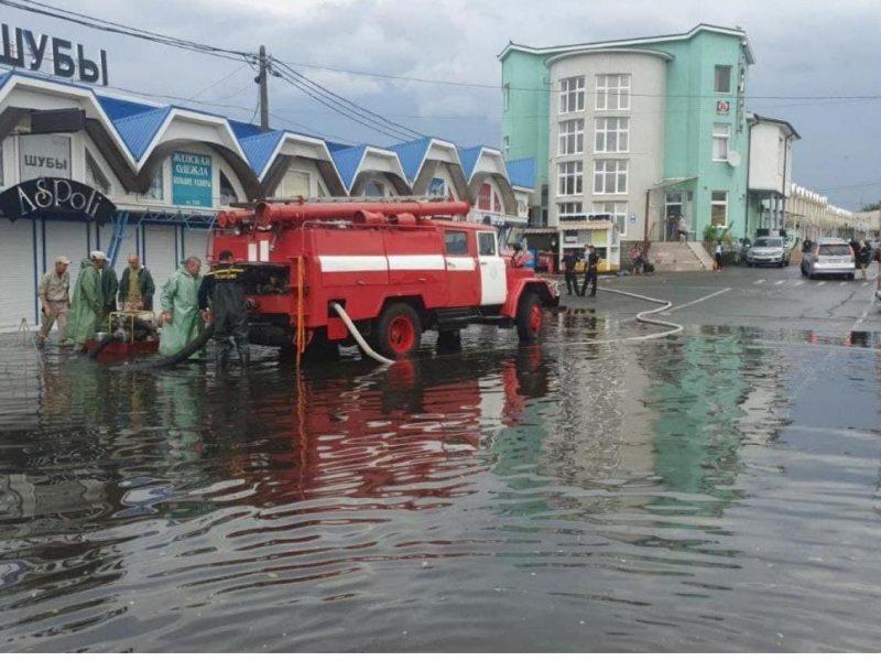Обещали Николаеву, а пролился в Одессе: жемчужину у моря основательно подтопило ливнем (ФОТО, ВИДЕО)