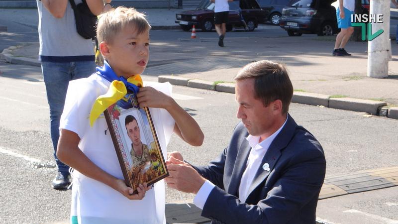 В Николаеве в третий раз прошел забег «Шаную воїнів, біжу за героїв України» (ФОТО, ВИДЕО) 3