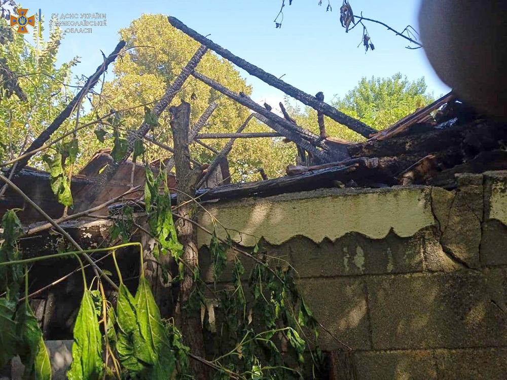 За сутки николаевские спасатели дважды тушили пожары в жилье (ФОТО) 5