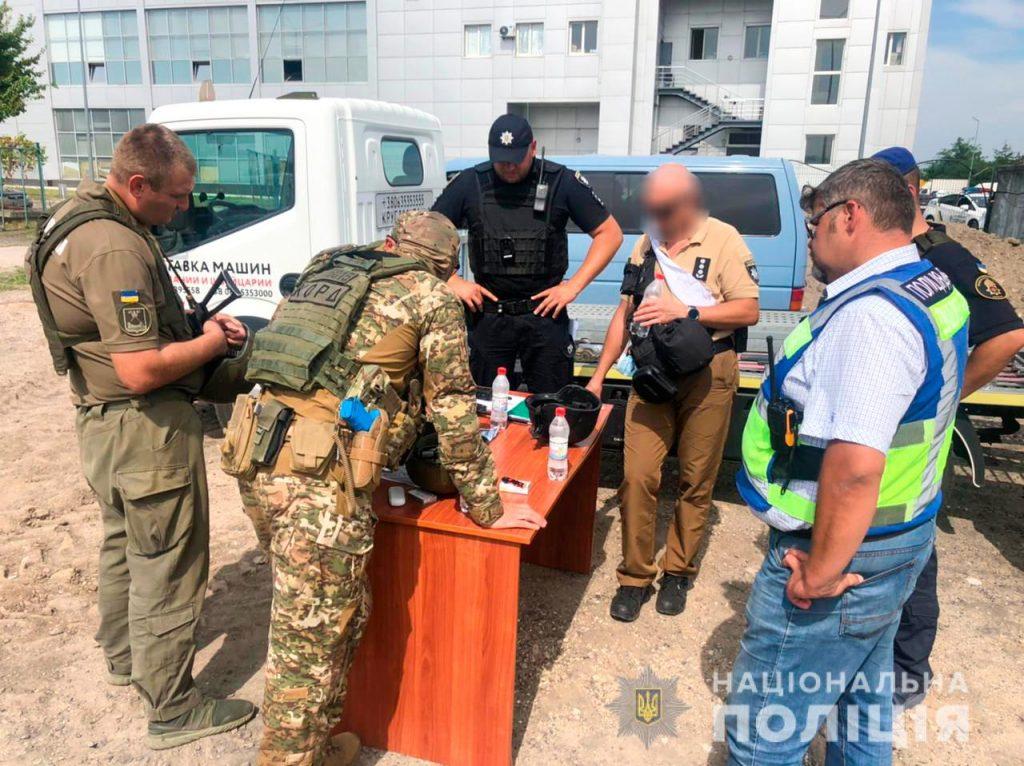 Задержание вооруженных преступников, обезвреживание взрывчатки, штурм здания – как и чему учились полицейские в Николаеве (ФОТО, ВИДЕО) 5