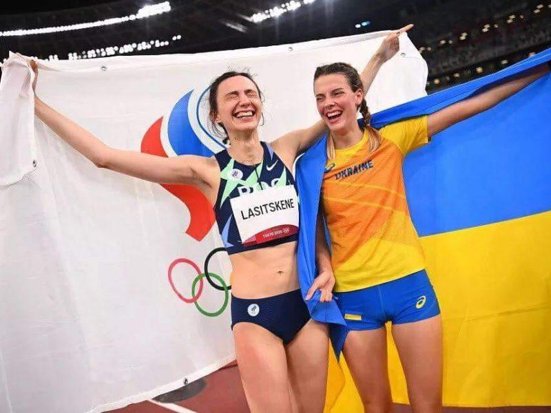 Скандал продолжается. За Могучих после фото с легкоатлеткой из РФ, заступился каратист Горуна (ФОТО)