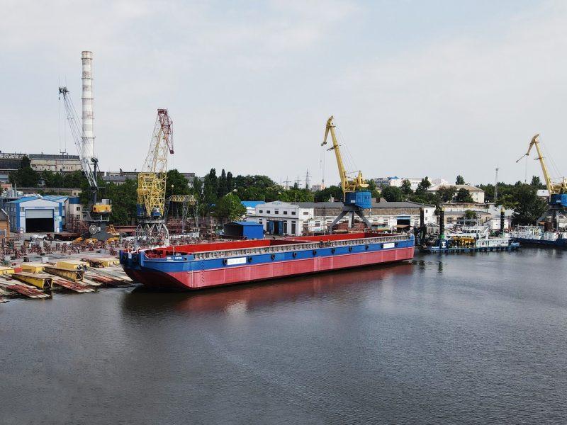 «НИБУЛОН» спустил на воду первое несамоходное судно новой серии (ФОТО)