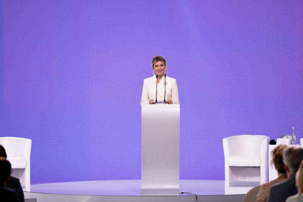 Мягкая сила. Чем закончился саммит первых леди и джентльменов (ФОТО, ВИДЕО) 1