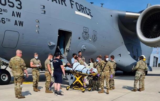 Афганская женщина родила в самолете ВВС США во время рейса из Кабула