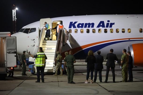Пока все. В Украину прибыл последний рейс из Кабула (ФОТО)