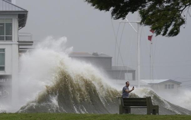 """Ураган """"Ида"""" в США с ветром в 240 км/ч изменил течение реки Миссисипи (ФОТО, ВИДЕО) 1"""