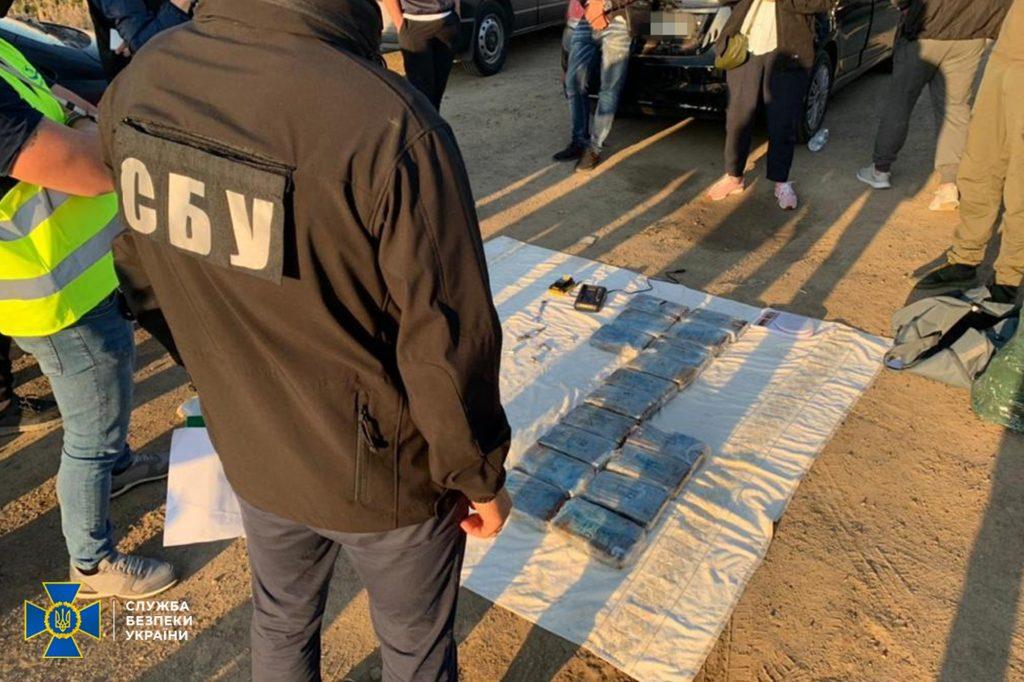 В Одессе задержали итальянских мафиози с 60 кг кокаина (ФОТО) 2
