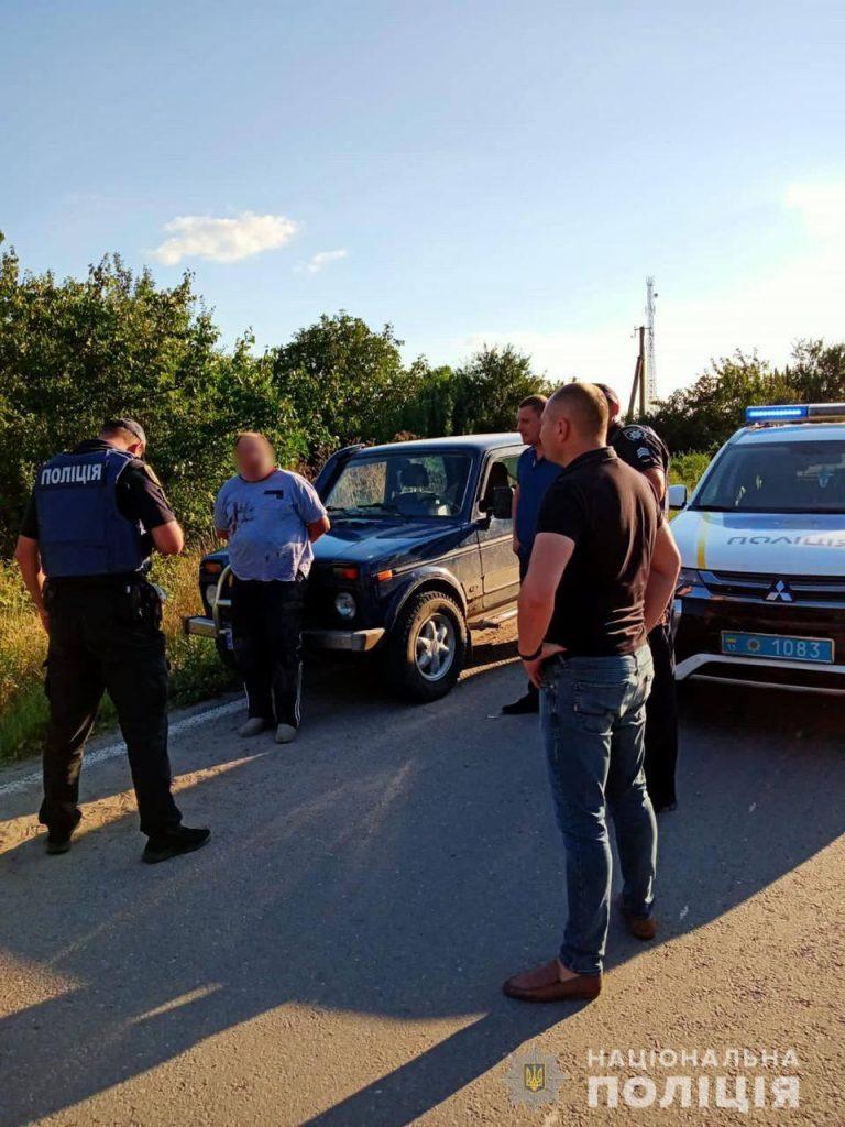 На выезде из Нового Буга полицейские задержали убийцу – он зарезал соседа (ФОТО) 5