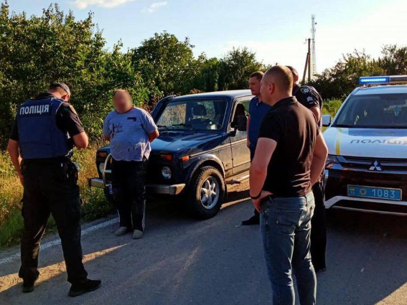 На выезде из Нового Буга полицейские задержали убийцу – он зарезал соседа (ФОТО)