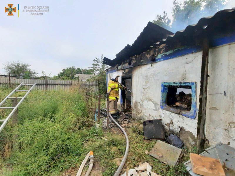 За сутки николаевские спасатели дважды тушили пожары в жилье (ФОТО)