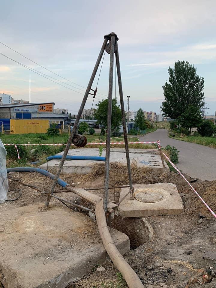 Разрушенный канализационный коллектор на ул.Флотская в Николаеве: подрядчик начнет работать с начала сентября (ФОТО) 1