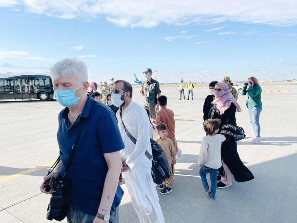 В «Борисполе» приземлился самолет с эвакуированными из Кабула - на борту было около 80 украинцев (ФОТО, ВИДЕО) 7