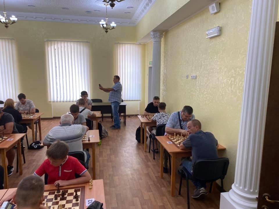 Шахматный блиц-турнир в Николаеве с призовым фондом 10 тыс.грн. выиграл 16-летний шахматист из Черноморска (ФОТО) 9