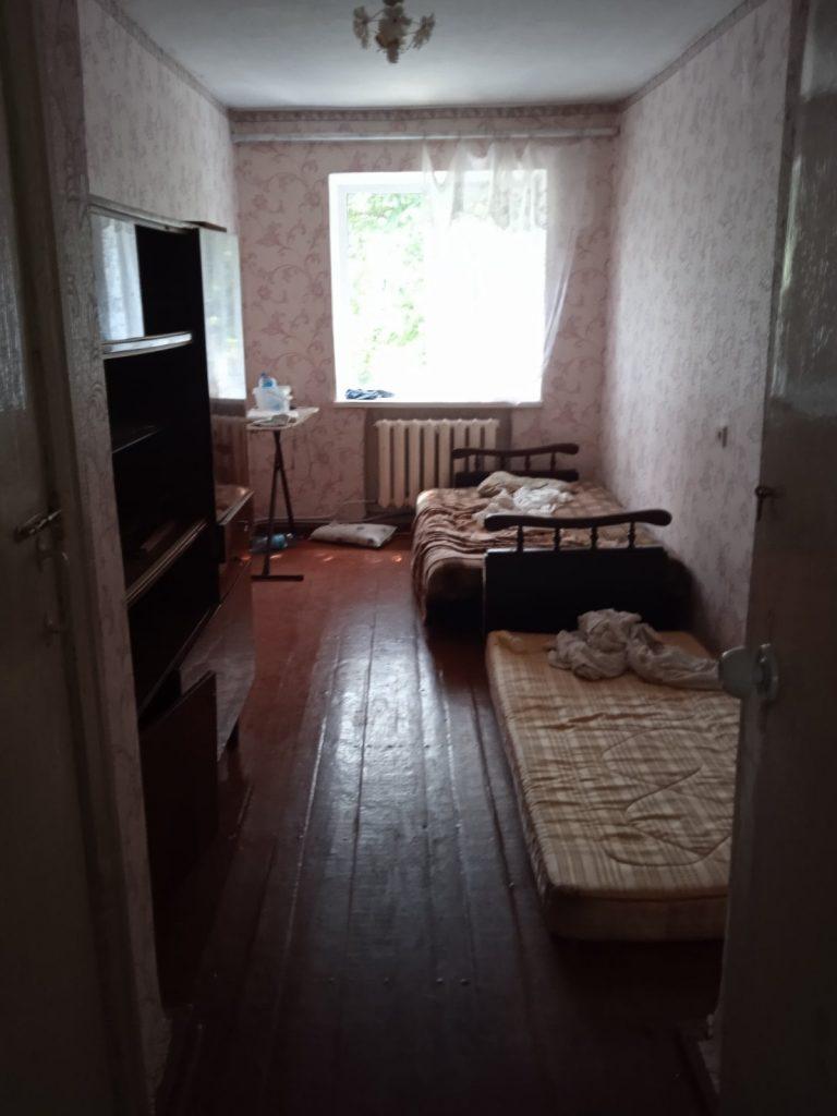 В райцентре Николаевской области неадекватный мужчина угрожал выбросить годовалого ребенка с балкона третьего этажа (ФОТО) 11