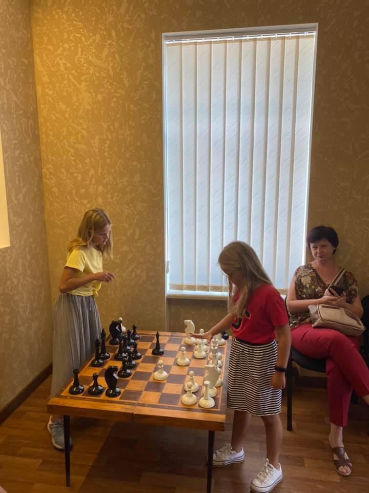 Шахматный блиц-турнир в Николаеве с призовым фондом 10 тыс.грн. выиграл 16-летний шахматист из Черноморска (ФОТО) 11