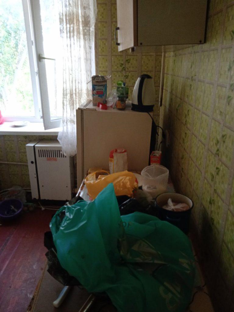 В райцентре Николаевской области неадекватный мужчина угрожал выбросить годовалого ребенка с балкона третьего этажа (ФОТО) 3