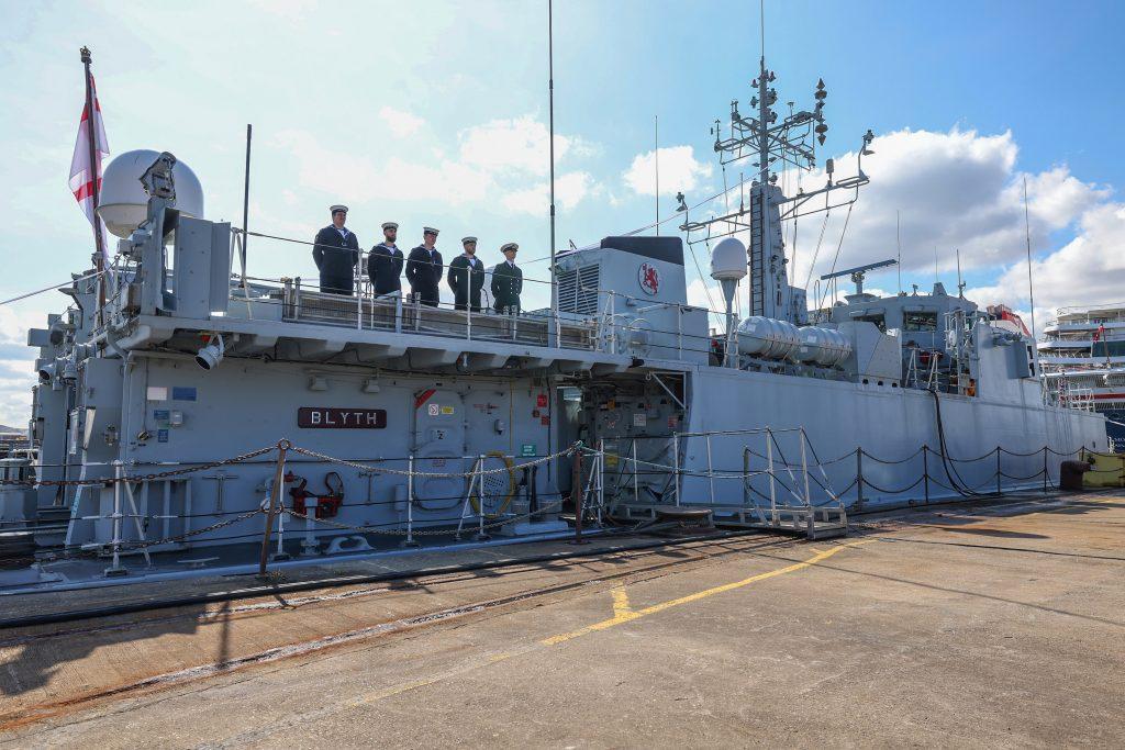 Великобритания передаст Украине два отслуживших противоминных корабля (ФОТО) 3