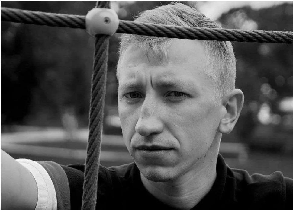 Найденного повешенным белорусского активиста Шишова похоронили в Киеве - на 55-й день после смерти (ФОТО) 5