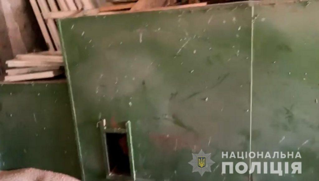 Фермер закрыл нерадивого работника в сушилке - тот просидел в жаре сутки без еды и воды (ФОТО, ВИДЕО) 3