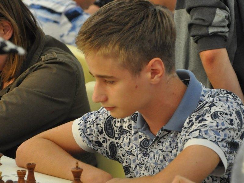 Николаевский шахматист Владислав Ларкин занял второе место на международном турнире в Италии