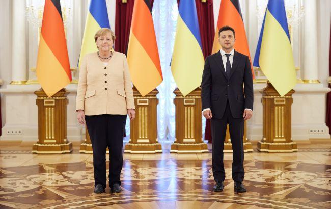 Встреча Зеленского и Меркель в Киеве: обсуждали Донбасс и газопроводы (ВИДЕО)