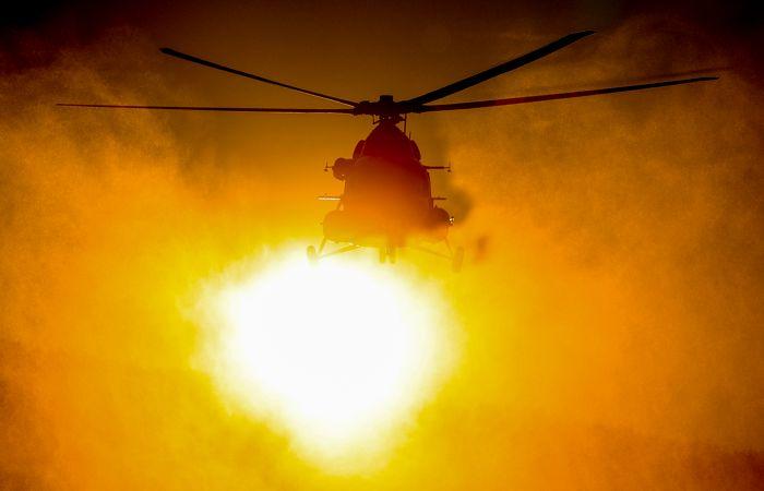 На Камчатке упал в озеро вертолет с туристами — 8 погибших
