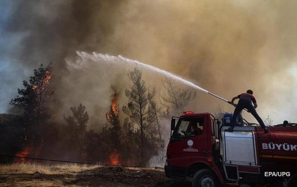 В Турции разбился российский пожарный самолет, погибло 5 россиян и 3 турка (ВИДЕО)