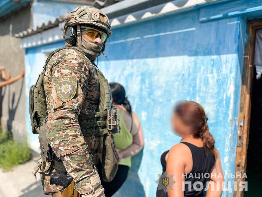 Николаевски правоохранители накрыли межрегиональную оптовую метадоновую базу (ФОТО, ВИДЕО) 3