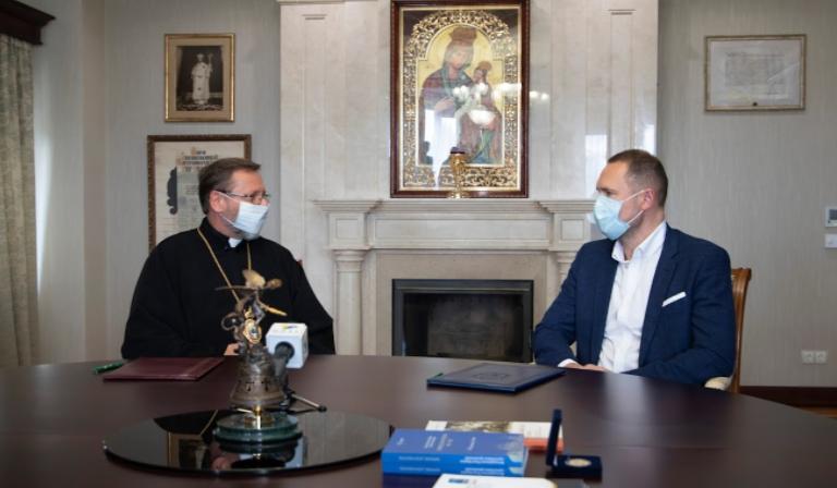 Министерство науки и образование подписало с Всеукраинским Советом церквей меморандум сотрудничестве