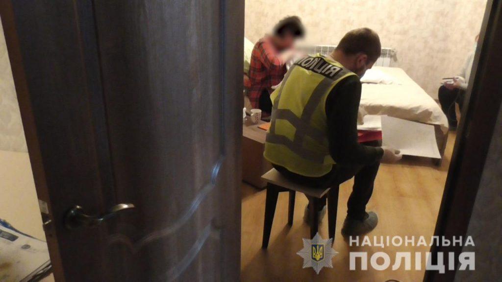 Еще одну точку по продаже младенцев иностранцам обнаружили в Украине (ФОТО, ВИДЕО) 3