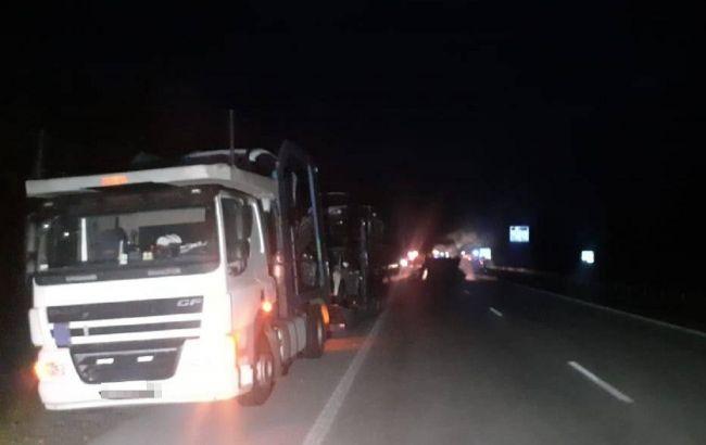 Под Житомиром международный рейсовый автобус с водителем из Николаевщины врезался в автовоз и сгорел дотла (ФОТО)