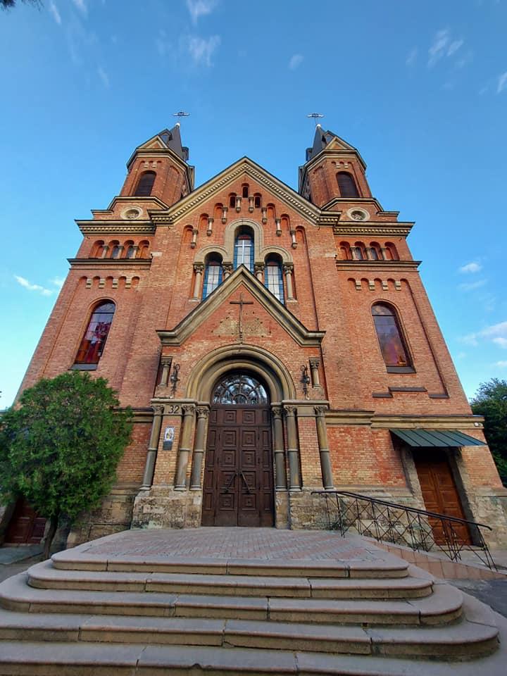 Католический храм в Николаеве, отметивший свое 125-летие, стал санктуарием святого Иосифа (ФОТО) 1