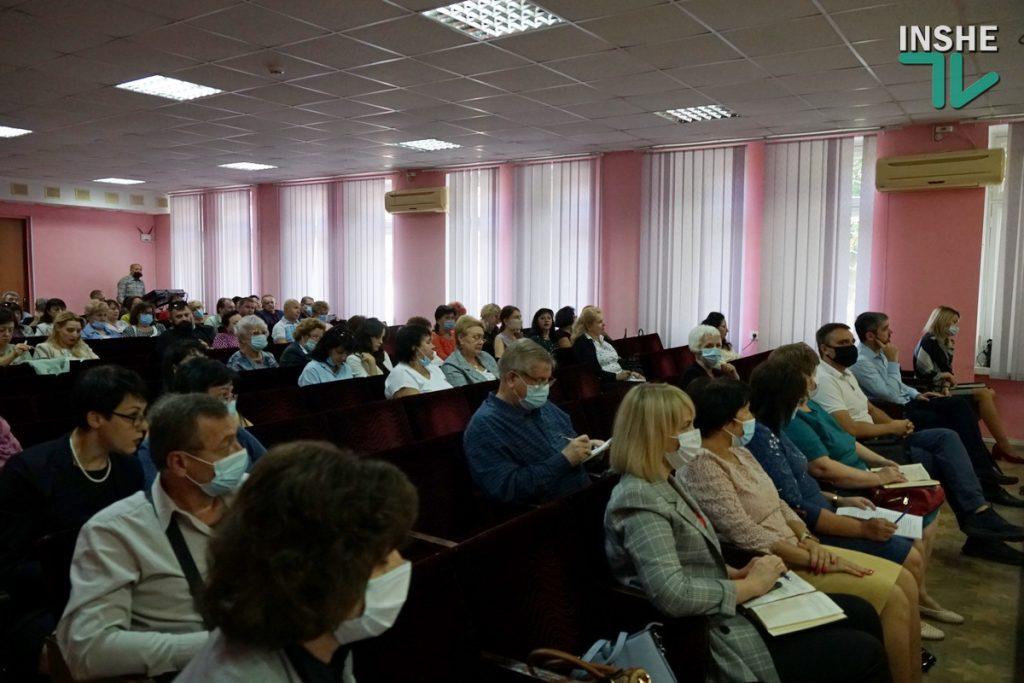 Количество выпускников школ Николаева, которые уехали учиться за границу, за последние три года выросло в 7 раз (ФОТО) 1