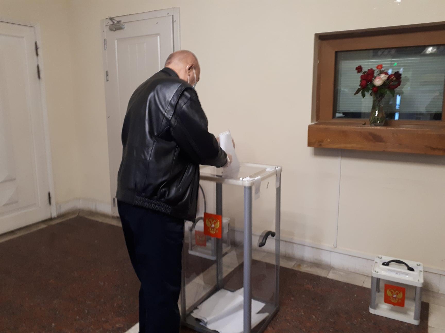 В четырех городах Украины открылись участки для голосования на выборах в российскую ГосДуму 7