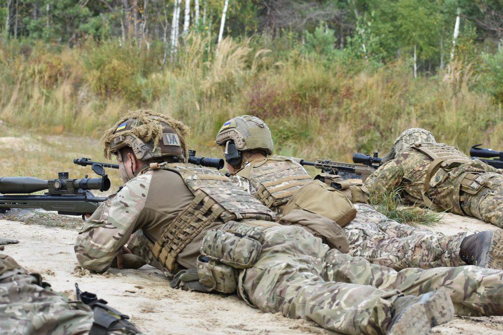 Николаевские морпехи одержали победу в конкурсе на лучшую снайперскую пару Вооруженных Сил Украины (ФОТО) 1