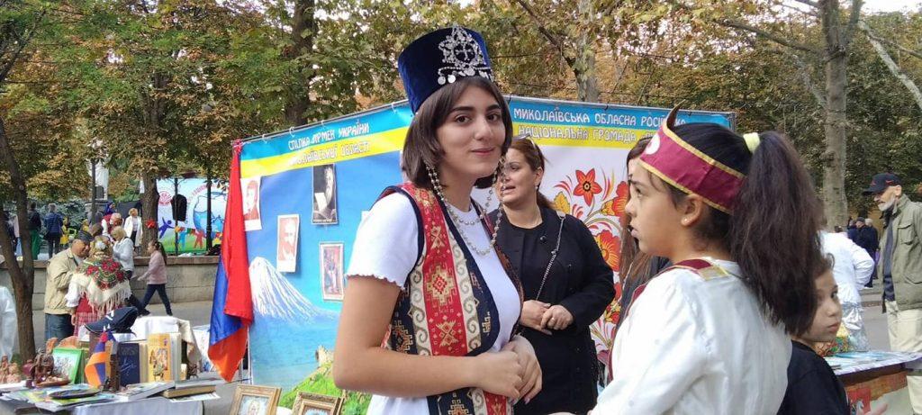 В Николаеве стартовал 26-й Всеукраинский фестиваль национальных культур «Дружба» (ФОТО) 1
