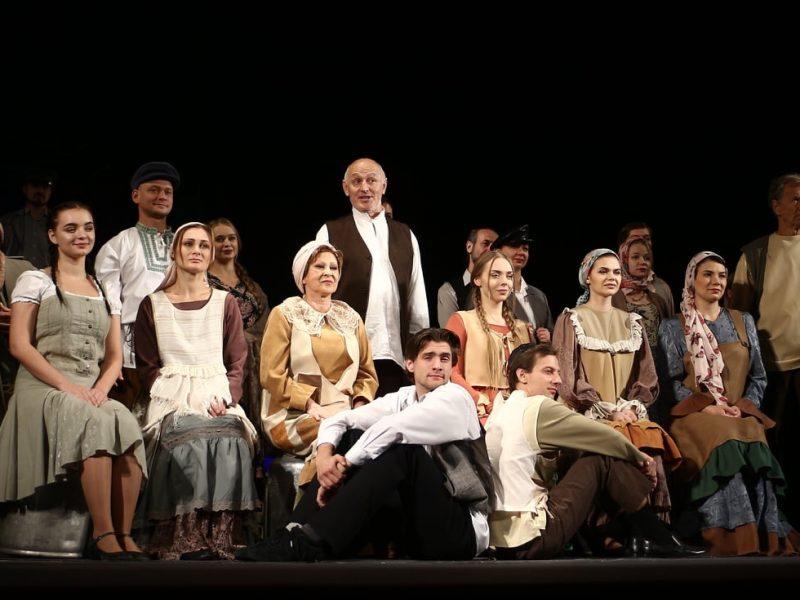Николаевский русдрамтеатр отмечен в одной из номинаций театрального фестиваля «Вересневі самоцвіти» (ФОТО)