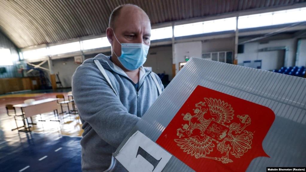 В РФ начались выборы в ГосДуму, на них разрешено электронное голосование в отдельных городах. В том числе - в оккупированном Севастополе 1
