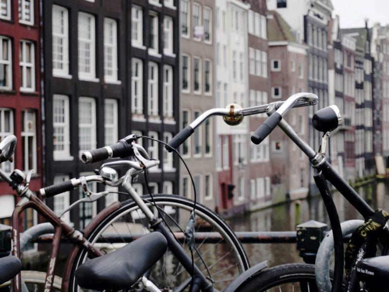 В нидерландском городе муниципалитет бесплатно раздаст велосипеды нуждающимся