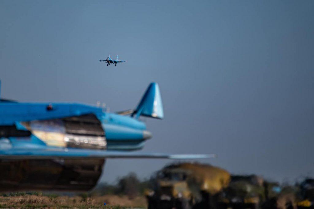 На Николаевщине авиаторы провели практические пуски авиационных управляемых ракет класса «воздух-воздух» (ФОТО) 25