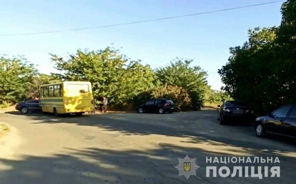 В полиции подтвердили, что мэр Вознесенска врезался в автобус, но утверждают, что маршрутка была пустой (ФОТО) 1