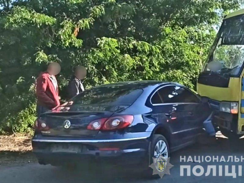 В полиции подтвердили, что мэр Вознесенска врезался в автобус, но утверждают, что маршрутка была пустой (ФОТО)