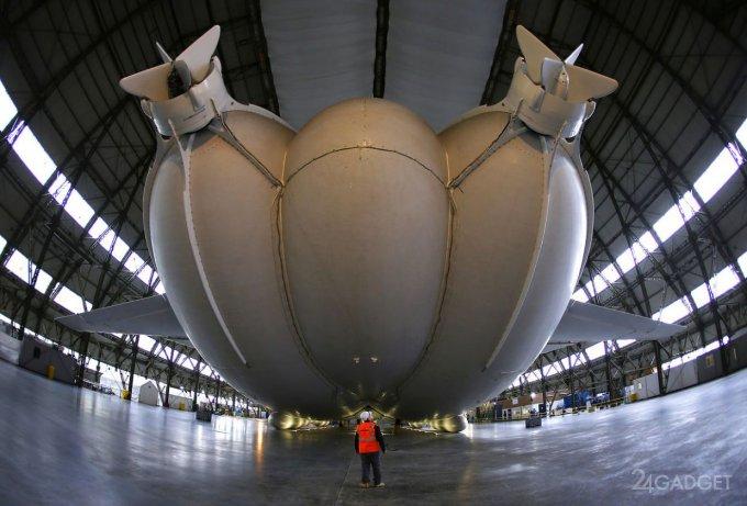На Северный полюс - с комфортом. Гигантский дирижабль с туристами к полету готов (ФОТО) 19
