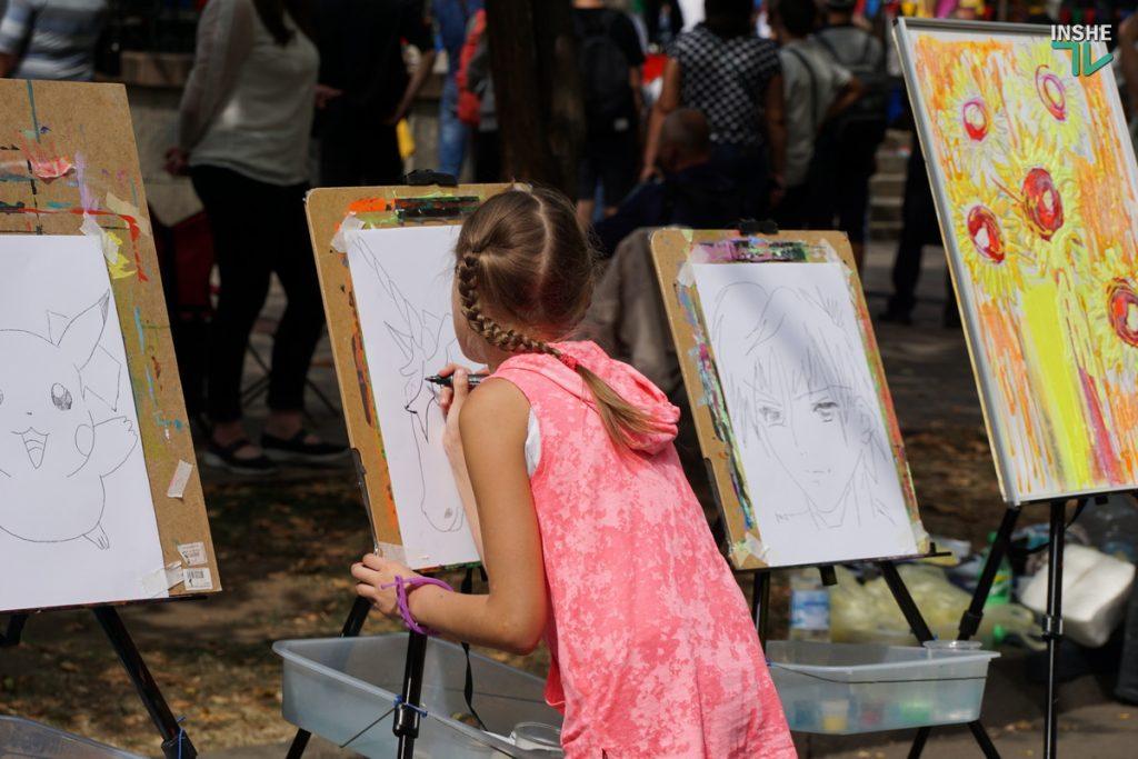 232-й день рождения Николаева: поздравление молодоженов, выставка-ярмарка и очень мало празднующих (ФОТО, ВИДЕО) 31