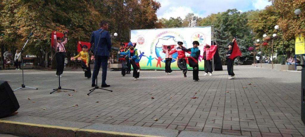 В Николаеве стартовал 26-й Всеукраинский фестиваль национальных культур «Дружба» (ФОТО) 19