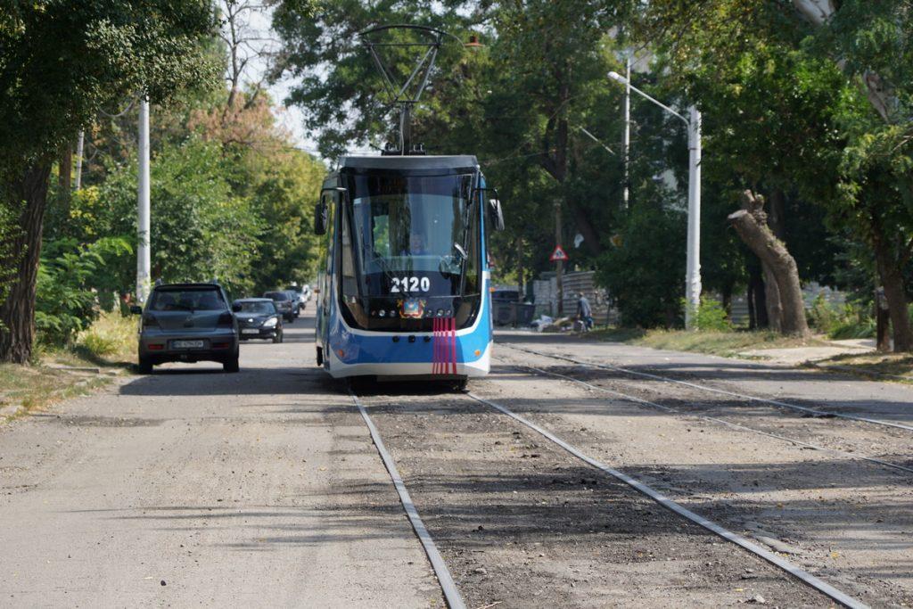 В День города Николаева на маршрут вышел обновленный трамвай (ФОТО, ВИДЕО) 7