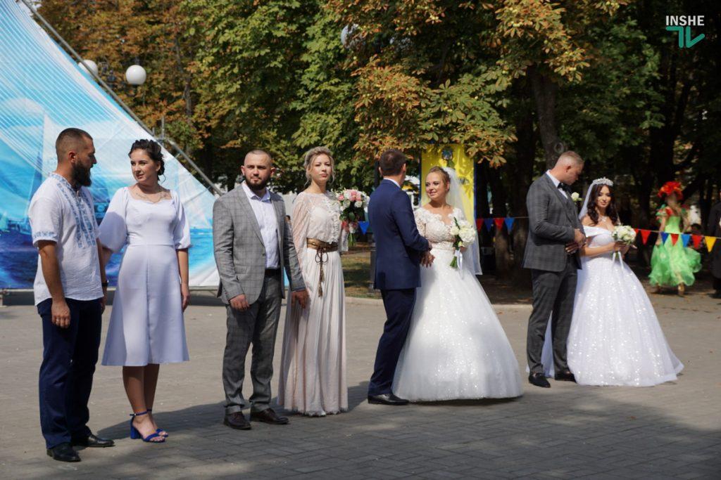 232-й день рождения Николаева: поздравление молодоженов, выставка-ярмарка и очень мало празднующих (ФОТО, ВИДЕО) 3