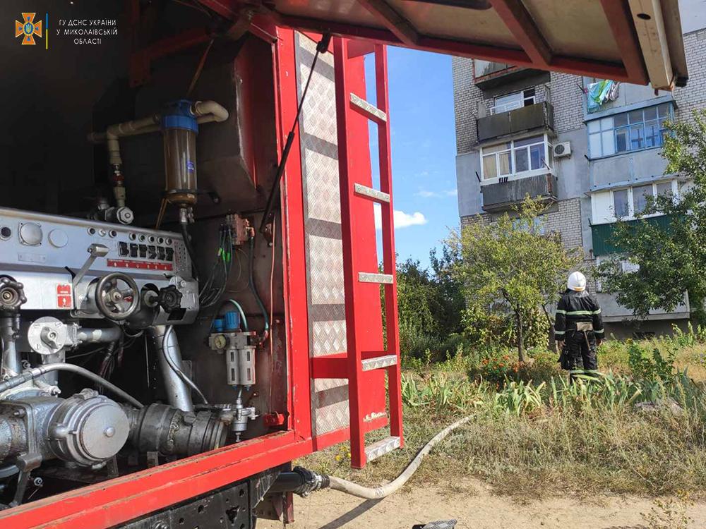 В Очакове тушили пожар на балконе, спасли квартиру (ФОТО) 5